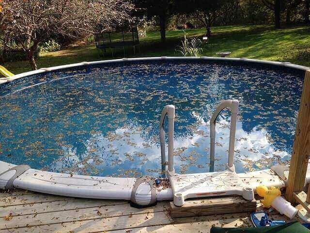 Pour en finir avec les piscines sales, adoptez le robot piscine nettoyeur !